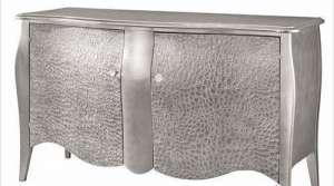 金属质感家具受白骨精欢迎昆明